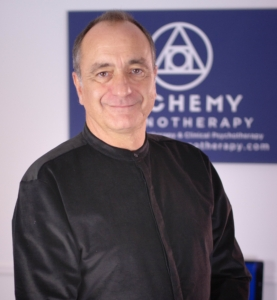 This is a picture of Gareth Strangemore-Jones from Alchemy Hypnotherapy.